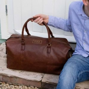 A leather personalised vintage holdall for men