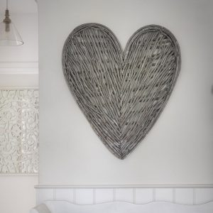 A brilliant large grey wicker heart to adorn the all in your bedroom, kitchen or lounge.