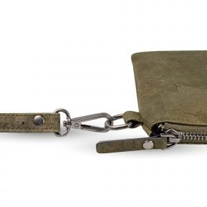 A stunning khaki coloured clutch bag that has been made of cork leather. The bag has a detachable hand strap.